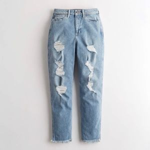 Hollister Ultra-High Rise Mom Jeans